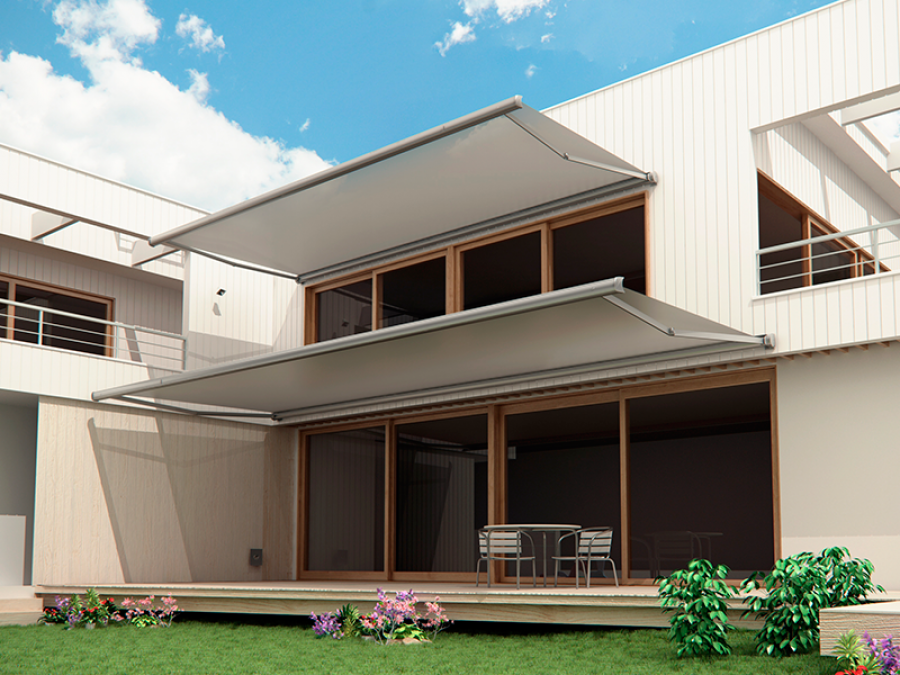 Toldo novo para terraza en color blanco en casa unifamiliar